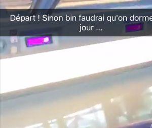 Clément et Stéphanie ensemble dans le train