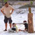 Maon et Julien sont les gagnants mais épuisés, ils s'effondrent dans le dernier épisode de Moundir et les apprentis aventuriers sur W9.