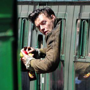 Harry Styles au cinéma 🎬 : nouvelles photos du tournage de Dunkirk