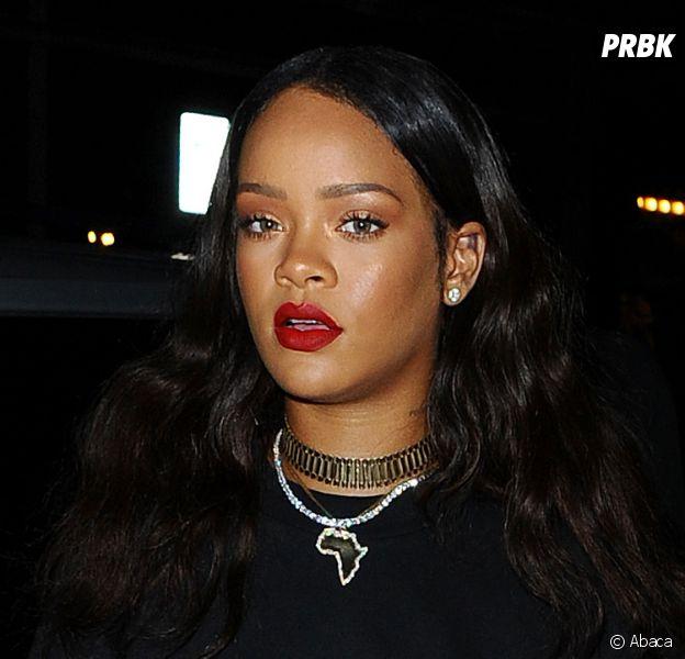 Rihanna rend hommage à toutes les victimes des attentats en France.