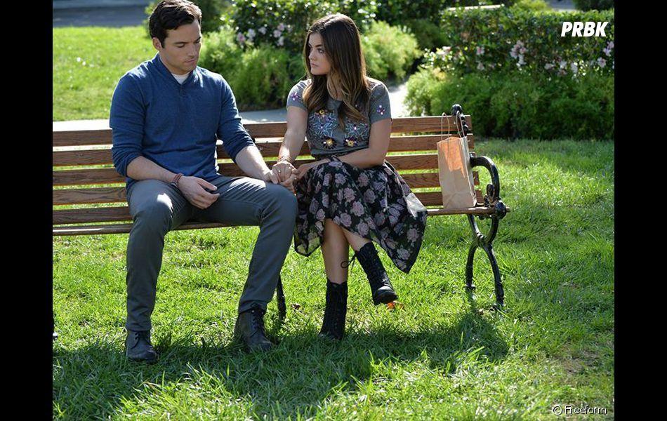 Pretty Little Liars saison 7 : Aria a-t-elle dit oui à Ezra ?