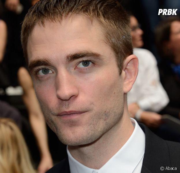 """Kristen Stewart a déclaré que son couple avec Robert Pattinson l'avait """"dégoûté"""", l'acteur serait """"blessé"""" par ces propos."""