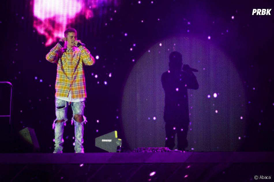 Justin Bieber performe au V Festival avec une gueule de bois