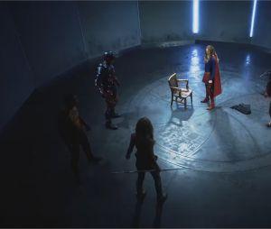 Arrow, Flash, Supergirl... fight club déjanté entre super-héros