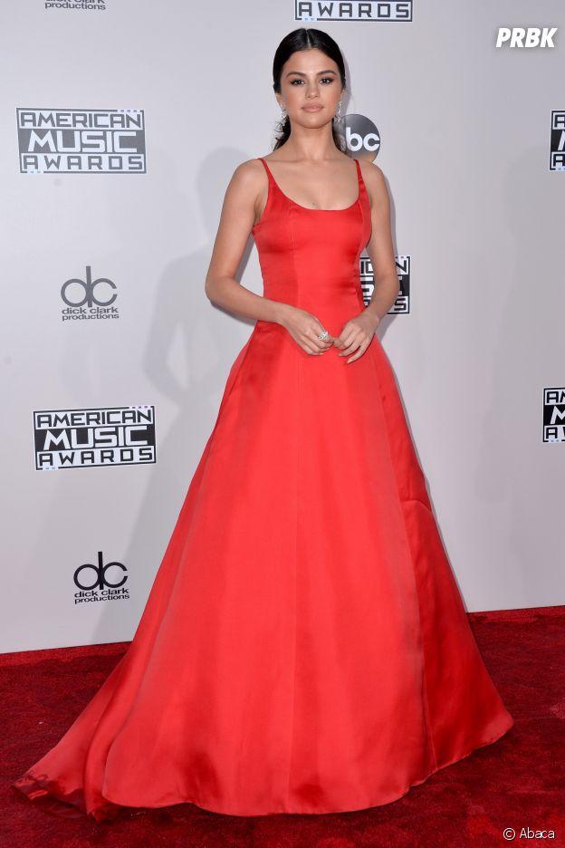 Selena Gomez aux American Music Awards le 20 novembre 2016