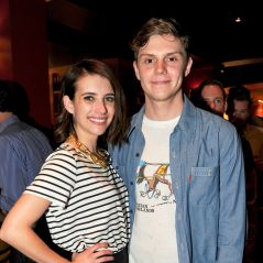 Emma Roberts et Evan Peters de nouveau en couple... et fiancés ! ❤💍