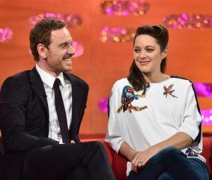 Marion Cotillard et Michael Fassbender en promo pour Assassin's Creed dans l'émission anglaise Graham Norton Show le 8 décembre 2016