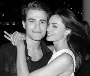 Paul Wesley (The Vampire Diaries) et Phoebe Tonkin la rupture ?
