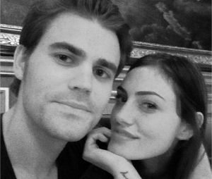 Paul Wesley (The Vampire Diaries) et Phoebe Tonkin : la fin du couple ?