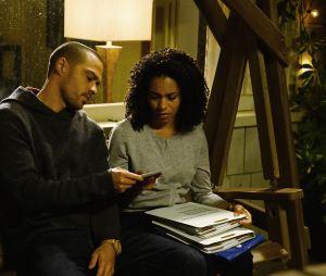 Grey's Anatomy saison 13, épisode 19 : Jackson (Jesse Williams) et Maggie (Kelly McCreary)  sur une photo
