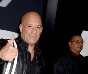 Vin Diesel souriant à l'avant-première de Fast and Furious 8 le 8 avril à New York