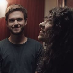 "Clip ""Stay"" : Zedd et Alessia Cara liés par un destin tragique"