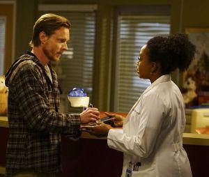 Grey's Anatomy saison 13, épisode 22 : Matthew Alan face à Jerrika Hinton sur une photo