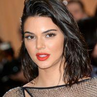Kendall Jenner tombe de son vélo, Khloe Kardashian balance la vidéo : Instagram adore