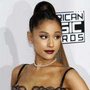 """Ariana Grande inconsolable après le drame : la chanteuse est """"anéantie"""" depuis son retour aux USA"""