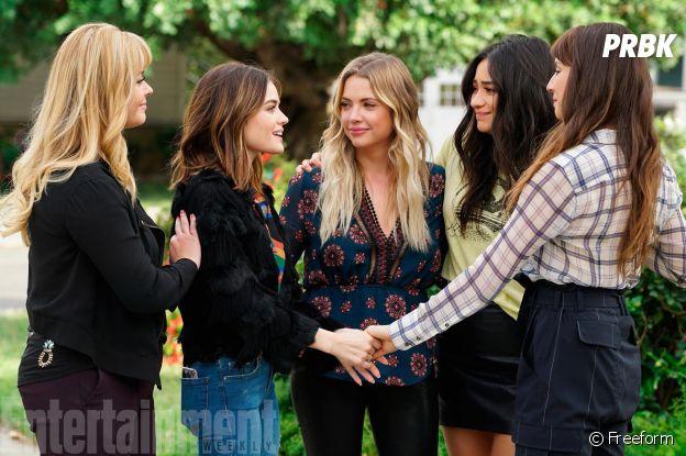 Pretty Little Liars saison 7 : Alison, aria, Hanna, Emily et Spencer sur une photo du dernier épisode