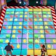 Découvrez la bande-annonce du jeu télé Candy Crush présenté par Mario Lopez !