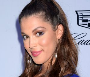Iris Mittenaere (Miss Univers 2016) sublime au naturel  son selfie sans  maquillage fait