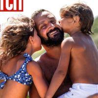 Cyril Hanouna papa comblé : il pose pour la première fois avec ses enfants Lino et Bianca