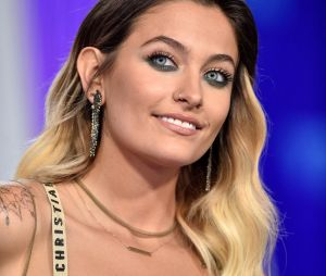 Paris Jackson topless : elle dévoile un nouveau tatouage !