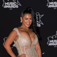 Ayem Nour réagit aux critiques sur sa robe ultra décolletée aux NMA 2017