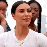 Kim Kardashian part à la rencontre de SDF dans L'incroyable famille Kardashian
