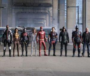 Arrow, Flash, Supergirl, Legends : bande-annonce explosive et épique pour le crossover