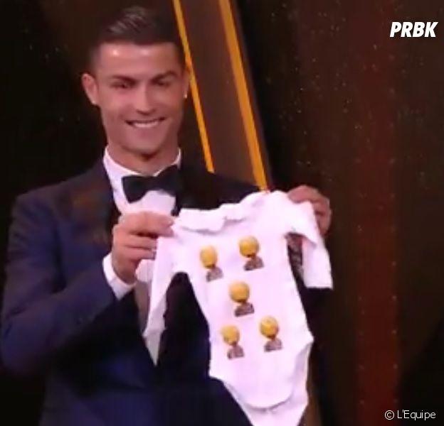 Cristiano Ronaldo remporte son 5ème Ballon d'Or : il offre un cadeau de circonstances à sa fille !