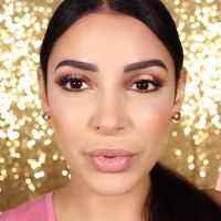 Sananas collabore avec Becca Cosmetics : elle dévoile leur highlighter canon en vidéo