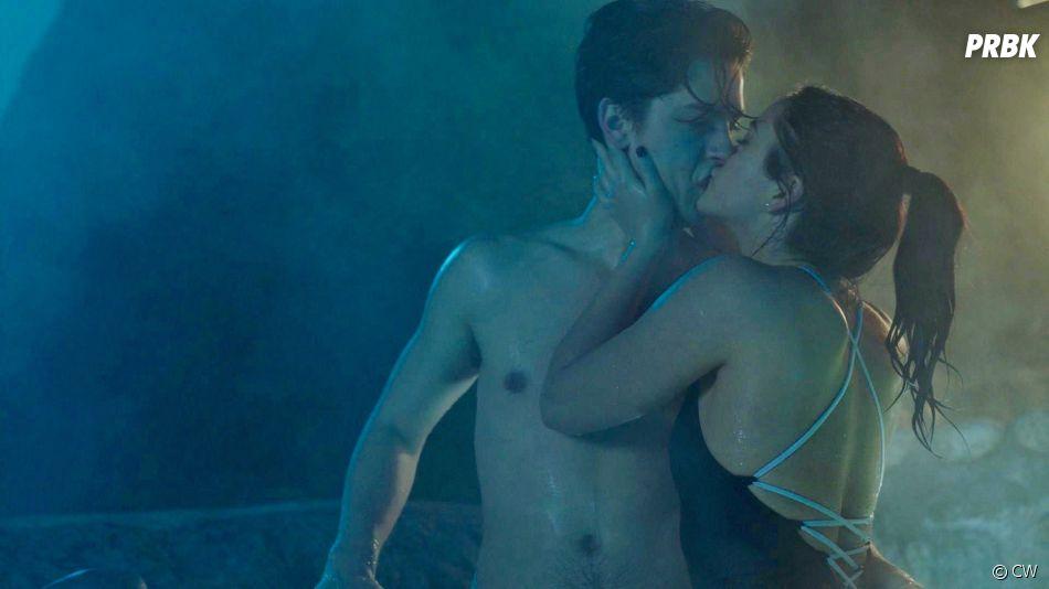Riverdale saison 2 : Jughead et Veronica s'embrassent dans l'épisode 14