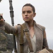 Star Wars 9 : J.J. Abrams pourrait annuler la révélation sur les parents de Rey dans Star Wars 8