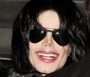 """Michael Jackson : des médecins dévoilent les secrets de son célèbre pas de danse dans le clip """"Smooth Criminal"""" !"""