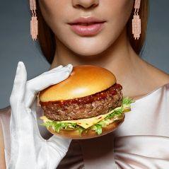 McDonald's ouvre un resto de luxe éphémère avec cloche en argent et couverts en diamants 🍔