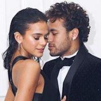 Neymar amoureux : le joueur du PSG déclare sa flamme à sa chérie Bruna Marquezine... en français ❤
