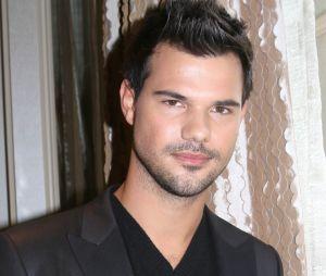Taylor Lautner n'est plus célibataire