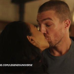 Arrow saison 7 : Oliver embrasse Iris et devient Barry Allen dans le teaser du crossover