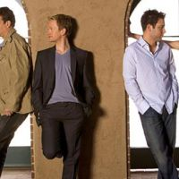 How I Met Your Mother saison 6 ... Josh Radnor (Ted Mosby) croque love de Jennifer Morrison (Zooey)
