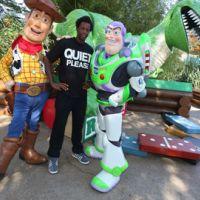 Photos ... Gael Monfils avec deux stars à Disneyland Paris