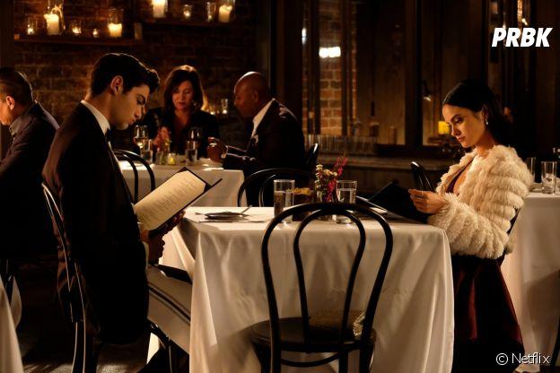 Noah Centineo et Camila Mendes dans The Perfect Date