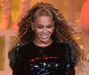 Beyoncé enceinte de Jay Z ? Une vidéo de son ventre crée le buzz sur les réseaux sociaux