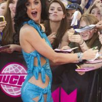 Katy Perry ... la star va se faire simpsonniser par Moe