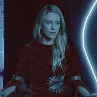 The OA annulée par Netflix après deux saisons : les fans en colère, Brit Marling réagit