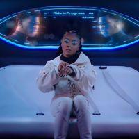 """Lil Nas X invite Skai Jackson (Disney Channel) dans le clip futuriste """"Panini"""""""