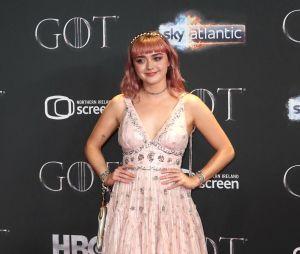 Maisie Williams dévoile que Game of Thrones lui a filé des complexes