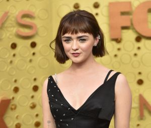 Maisie Williams sur le tapis rouge des Emmy Awards 2019