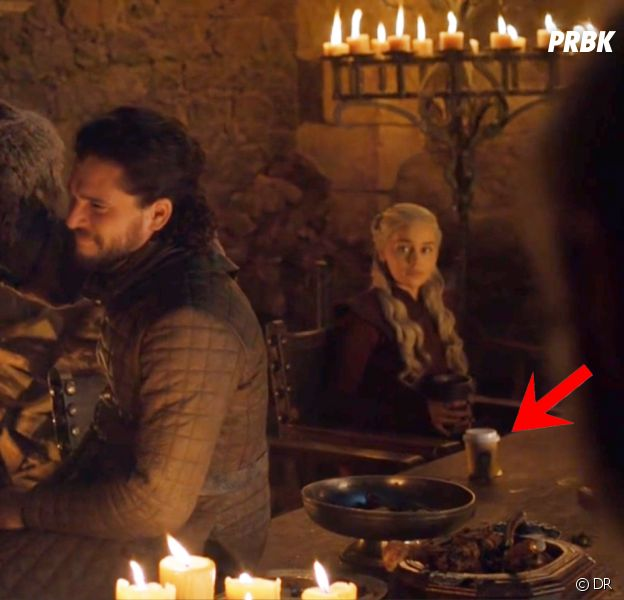 Game of Thrones saison 8, épisode 4 : un gobelet Starbucks s'incruste dans une scène
