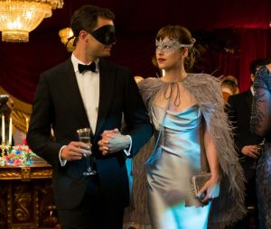 "Fifty Shades Darker censuré par TF1 : les internautes crient au ""scandale"""