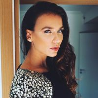Julie Ricci enceinte : elle dévoile le sexe de son (futur) deuxième enfant 🤰