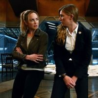 Legends of Tomorrow saison 5 : le couple Sara et Ava menacé par une héroïne de Arrow ?