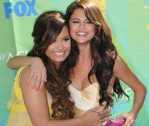 Demi Lovato et Selena Gomez en 2011